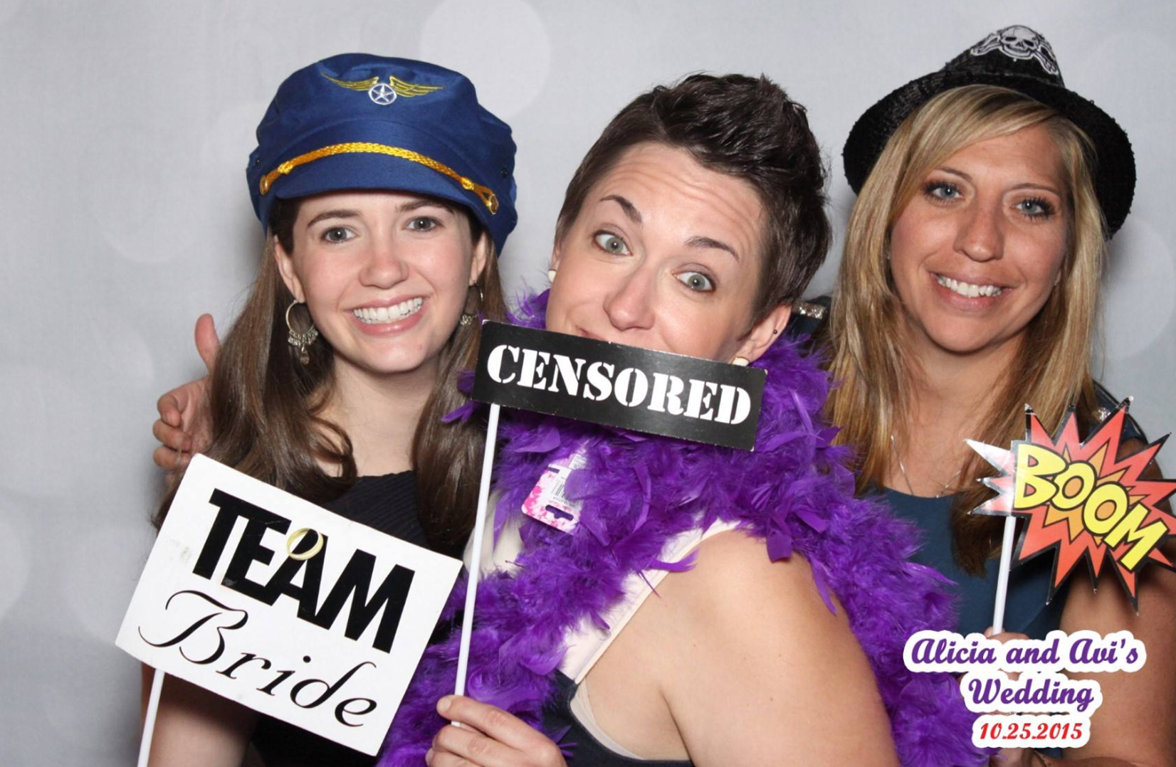 alicia-and-avi-wedding-212-photo-booth