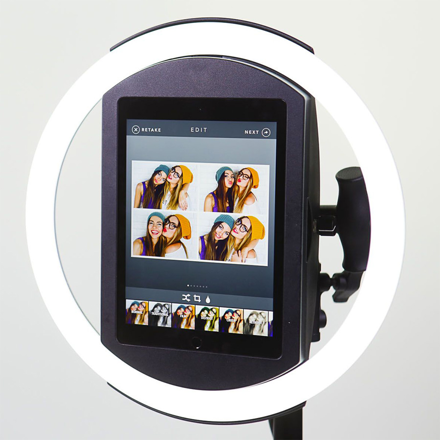 selfie-station-ipad-w-led-light-ring